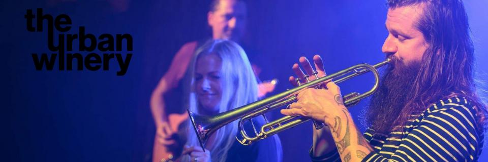 Jess Atkin & Co - Live